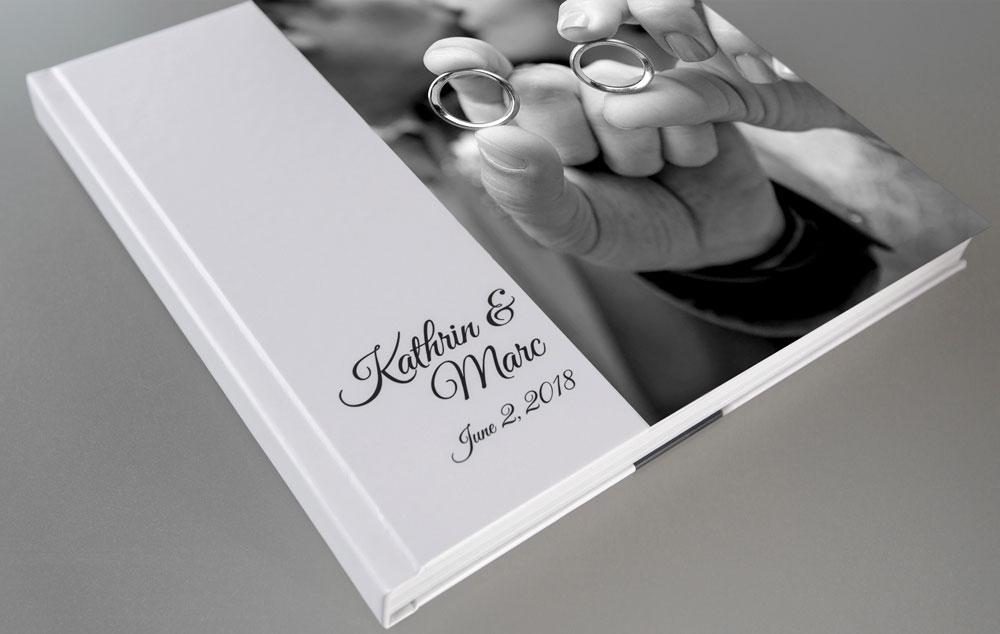 Personalisiertes Fotobuch mit klassischem Fotocover – Hochzeitsfotograf in München